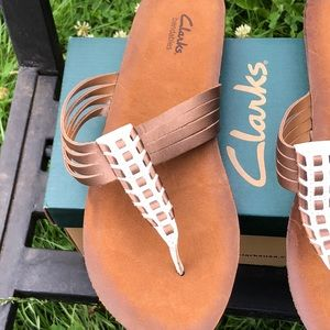444434d4ef78 Clarks Shoes - Clarks Bendables Lynx Clasp Leather Thong Sandals
